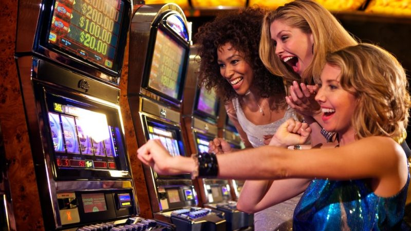 Woman Scoops 1.75 Million by Winning Twice On Same Online Slot Machine in a Month Beating Odds of 625 Million to 1